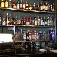 Foto tomada en Jackson's Bar & Bistro por cass a. el 2/10/2012