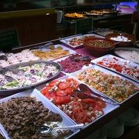 Foto tomada en Restaurante LAS PALOMAS Buffet&Tapas por Luis V. el 11/14/2012