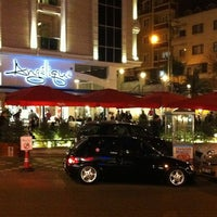 Foto scattata a Del Moon Coffee & Food & Hookah da Hasan U. il 1/25/2013