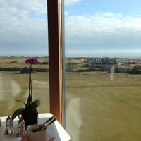 Foto tirada no(a) Old Course Hotel Golf Resort & Spa por Alison R. em 3/31/2013