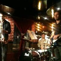 Foto tomada en Beer Hall por La Eren el 11/28/2012