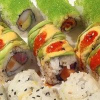 รูปภาพถ่ายที่ Sushi Itto โดย Thought Reach E. เมื่อ 11/14/2012