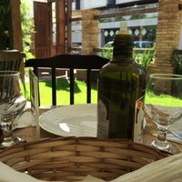 Foto tomada en Sabatelli Pizza & Arte por Lucas S. el 6/22/2014