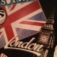 Das Foto wurde bei The Red Coffee Box von Montse M. am 11/10/2012 aufgenommen