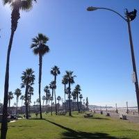Foto tirada no(a) Mission Beach Park por Felipe B. em 11/13/2012