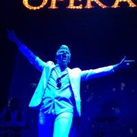 Foto diambil di Opera Teatro Bar oleh Crisstina M. pada 12/16/2012