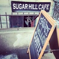 Das Foto wurde bei Sugar Hill Cafe von Shane S. am 3/8/2015 aufgenommen