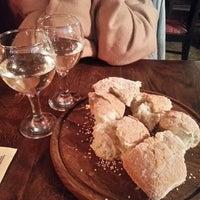 Снимок сделан в Хлеб и Вино пользователем Anton L. 9/14/2013