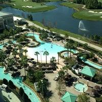 รูปภาพถ่ายที่ Waldorf Astoria Orlando โดย Roxanne T. เมื่อ 3/5/2013