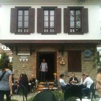 4/6/2013にSinem T.がÜzüm Cafeで撮った写真