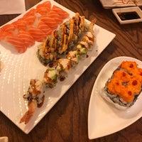 Foto tirada no(a) Samurai Sushi por Julie M. em 8/17/2017