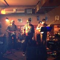 11/23/2012 tarihinde Vladimir O.ziyaretçi tarafından Портер Паб / Porter Pub'de çekilen fotoğraf