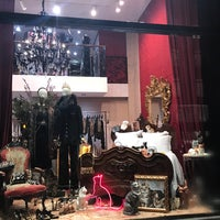 Das Foto wurde bei Dolce&Gabbana von Geraldine V. am 1/30/2017 aufgenommen