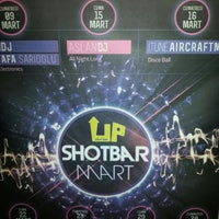 Foto scattata a Up Shot Bar da Ahmet Ç. il 3/15/2013