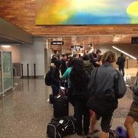 Das Foto wurde bei USO Hawaii's Airport Center von Jeff P. am 12/19/2012 aufgenommen