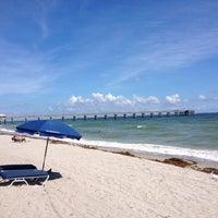 Foto diambil di Dania Beach oleh E J F. pada 10/5/2012