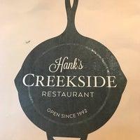 Das Foto wurde bei Hank's Creekside Restaurant von Tony L. am 10/2/2017 aufgenommen