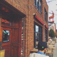 Photo prise au Red Stag Supperclub par Eric P. le11/3/2013