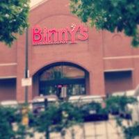 7/3/2013 tarihinde Eric P.ziyaretçi tarafından Binny's Beverage Depot'de çekilen fotoğraf