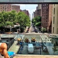 Das Foto wurde bei High Line von Ryan W. am 6/25/2013 aufgenommen