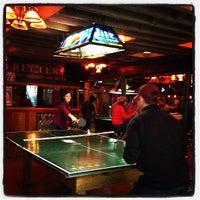 8/1/2013 tarihinde Rush and Divisionziyaretçi tarafından Streeter's Tavern'de çekilen fotoğraf