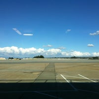 Das Foto wurde bei Monterey Regional Airport (MRY) von Ronin L. am 12/13/2012 aufgenommen