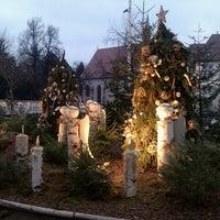 Foto tirada no(a) Weihnachtsmarkt Meran / Mercatino di Natale Merano por Edit K. em 12/22/2013
