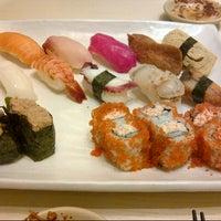 Photo prise au Sushi Tei par Venia M. le6/29/2013