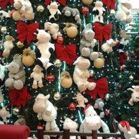 Foto tirada no(a) Portones Shopping por Susana C. em 11/9/2013