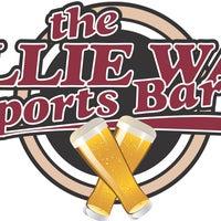 Das Foto wurde bei The Allie Way Sports Bar von The Allie Way Sports Bar am 4/15/2016 aufgenommen