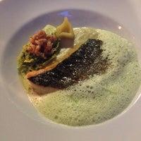 รูปภาพถ่ายที่ Honça Anatolia Cuisine โดย Burhan G. เมื่อ 5/20/2014