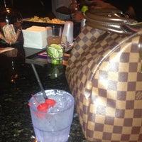 รูปภาพถ่ายที่ Drink Houston โดย Azalea M. เมื่อ 5/26/2013
