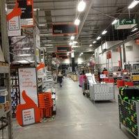 Foto diambil di B&Q Warehouse oleh Gerard.D pada 2/6/2013