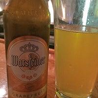 รูปภาพถ่ายที่ Brew House Bar & Grill โดย Brian F. เมื่อ 8/27/2016