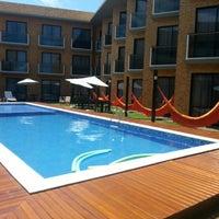 Foto tirada no(a) Bessa Beach Hotel por Sílvio D. em 1/8/2014