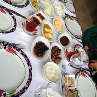 Das Foto wurde bei Ramazan Bingöl Et Lokantası von Talip am 4/7/2013 aufgenommen