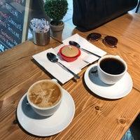 4/15/2017にBüşra U.がRuudo Coffee & Bakeryで撮った写真