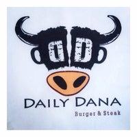 5/21/2015 tarihinde Tamer G.ziyaretçi tarafından Daily Dana Burger & Steak'de çekilen fotoğraf