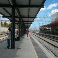 Renfe L Hospitalet De Llobregat Estación De Tren En L Hospitalet De Llobregat