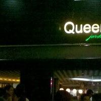Foto tirada no(a) Queen Jardim por Kaddy R. em 12/15/2012