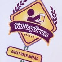 Снимок сделан в Falling Down Beer Company пользователем Shannon H. 9/28/2013