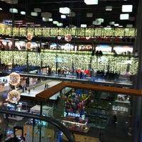 Das Foto wurde bei Pelican Mall von Kalbin M DEMİR am 12/8/2012 aufgenommen