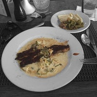 Снимок сделан в Vincent's Italian Cuisine пользователем LeRon 2/17/2016