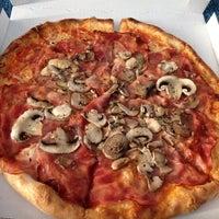 Mangia E Vai Pizza Place In Rathenauviertel