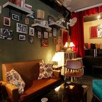 Foto tomada en Foxy Bar por Foxy Bar el 8/28/2015
