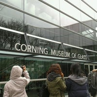 Photo prise au Corning Museum of Glass par Cheok W. le3/12/2013