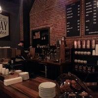 Foto scattata a Quay Coffee da Robert J. il 1/8/2013