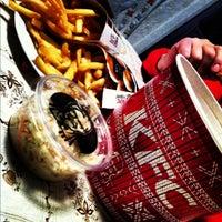 11/22/2012 tarihinde Diana S.ziyaretçi tarafından Kentucky Fried Chicken'de çekilen fotoğraf