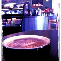 Foto tirada no(a) Roots Coffeehouse por Melanie M. em 1/20/2013