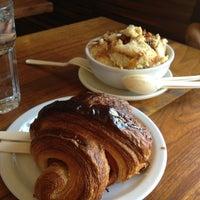 Das Foto wurde bei Tartine Bakery von Eula H. am 2/17/2013 aufgenommen